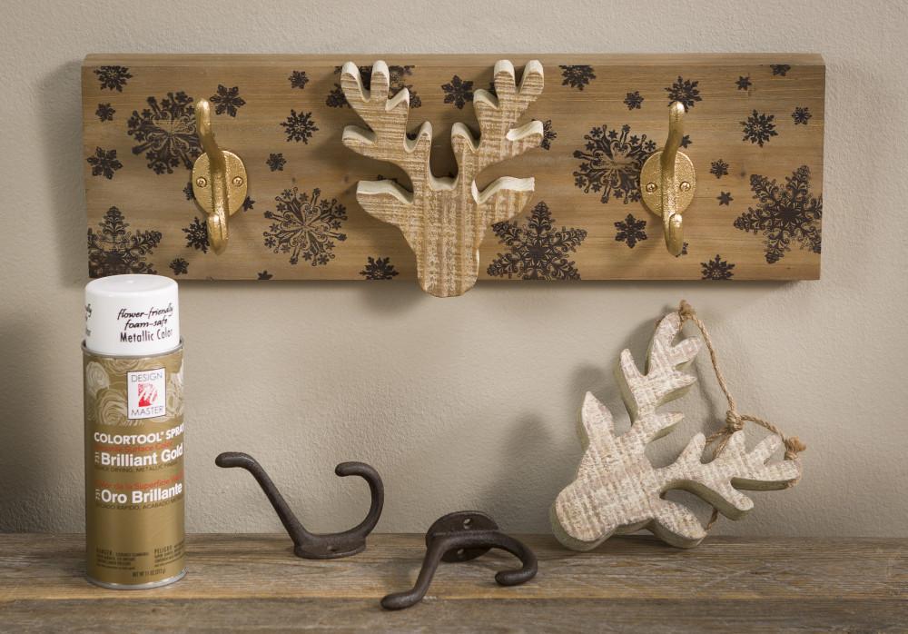 Deer, hooks, wood board