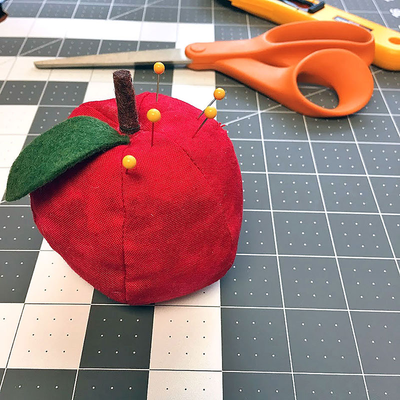Sew this Simple Apple Pin Cushion