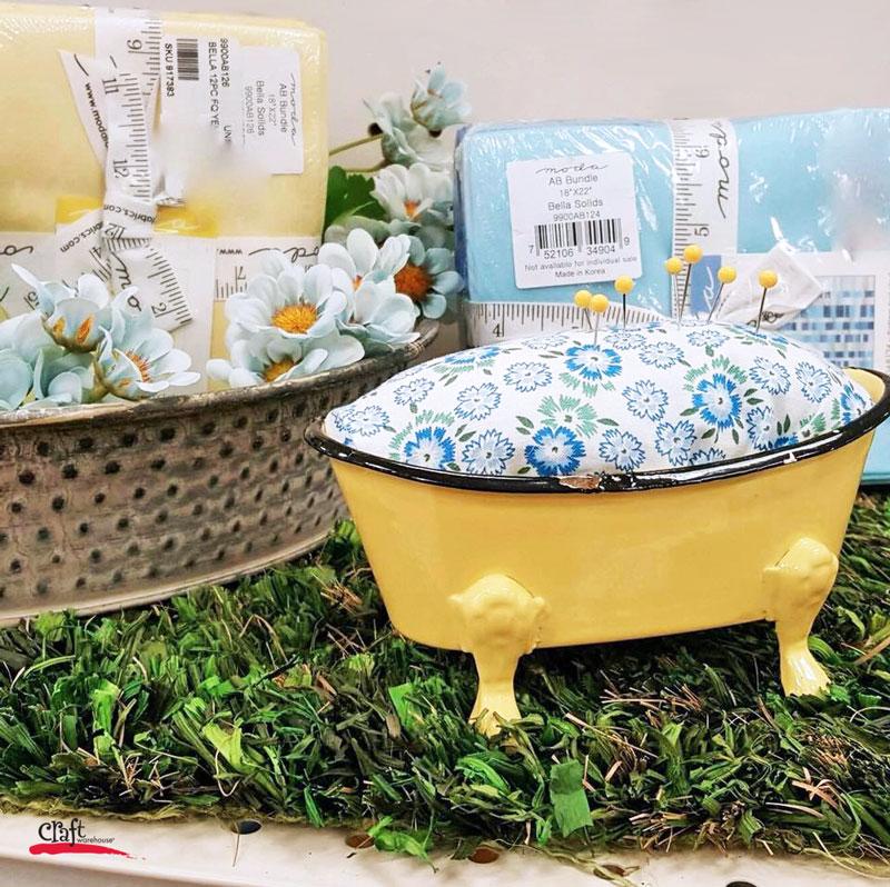 Make this: Bathtub Pin Cushion