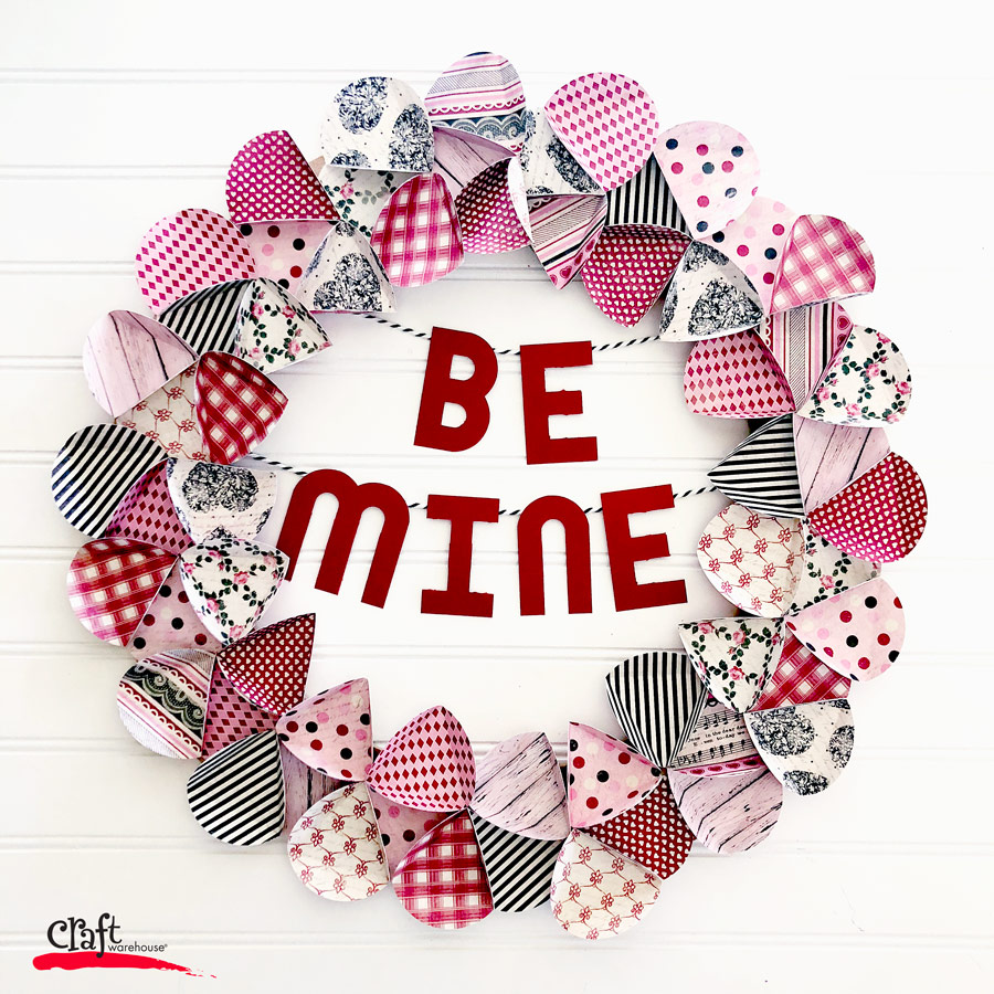 Make this Valentine's Paper Wreath