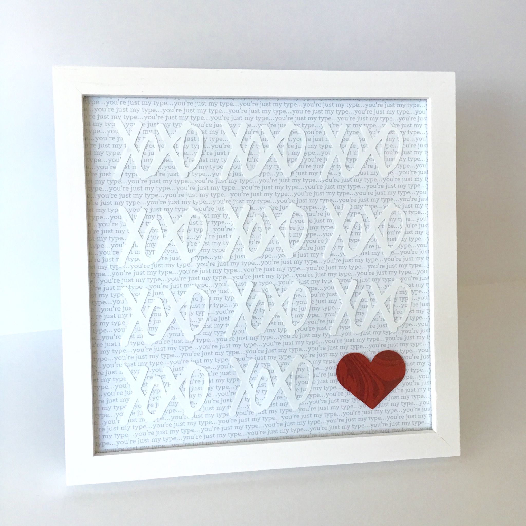 Fiskers xoxo punch valentines frame
